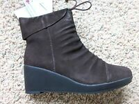 NEW KHOMBU SUNDOWN BROWN BOOTS WOMENS 7 WATERPROOF SUEDE LEATHER WARM BOOTS