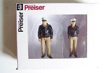 Preiser 1:32 scale German Police Officers / Policemen : Two Figures 63100