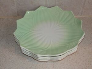 Anchor Hocking Glass 4 Lotus Blossom Leaf Plates Set Milk Glass & Green 8 1/8""