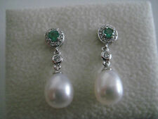 DIAMOND EMERALD PEARL DANGLING EARRINGS 18 CARAT WHITE GOLD