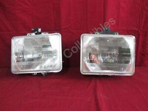 NOS OEM Ford Aerostar Head Lamp Light 1992 - 97 PAIR