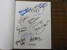 AUTOGRAPHS 5 ACTORSJAMES BOND +5 MORE BOND STARS SIGNED THE ESSENTIAL BOND BOOK