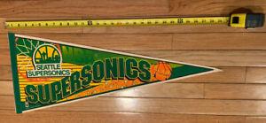 NBA Seattle Supersonics Vintage SLAM DUNK Team Logo Basketball Pennant