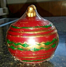 Christmas Red Green Gold Round Ornament Candle