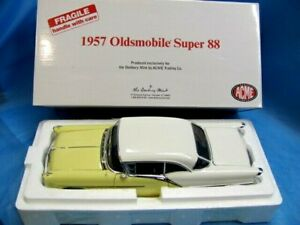 Danbury Mint 1957 Acme Oldsmobile Super 88 In Box 1:18 Scale Diecast Model MIB