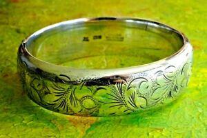 Superb vintage 1969 solid sterling silver hinged cuff bangle bracelet, 39.6g