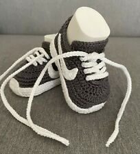 Babyschuhe gehäkelt gestrickt Baby Sneaker