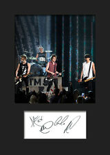FIVE SECONDS OF SUMMER 5SOS #2 A5 Signed Mounted Photo Print (Reprint) - FREE DE