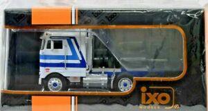 PETERBILT 352 PACEMAKER 1979 camion tracteur  1/43 ixo tro 065
