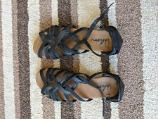 Volcom strappy sandals size 3