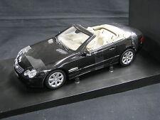 Minichamps Mercedes-Benz SL-Class Cabriolet 1:18 Black (JS)