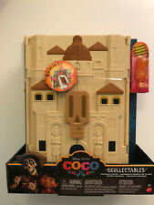 Mattel Disney COCO SKULLECTABLES HACIENDA PLAY SET w/ Exclusive Figure - NIB