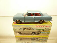 DINKY TOYS 542 OPEL REKORD - BLUE METALLIC 1:43 - VERY GOOD CONDITION IN BOX