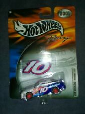 HotWheels Racing Johnny Benson VALVOLINE Race Car #10 2001 Pontiac Grand Prix