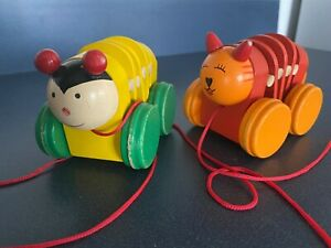 """Wooden Pull Toy  - Cat Dog (?)  4"""" L Made in Mexico"""