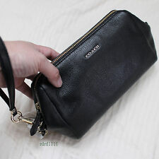 NWT COACH Black Capacity Clutch/Wristlet Leather TRAVEL KIT Cosmetic Case NEW