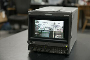 Sony BVM-D9H5U CRT Video Monitor Only 2664 hours and Roadcase