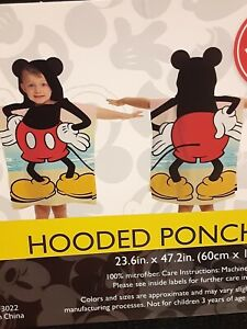 Kids Mickey Mouse Hooded Poncho Towel 23x47 Inch Disney  New With Tags Gift