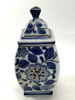 VINTAGE PORCELAIN BLUE & WHITE POTTERY TRINKET JAR BOX <HM04 (T4)