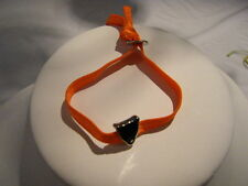 2 Bracelets fashion enfant sauvage argente sur ruban orange et jaune ajustable