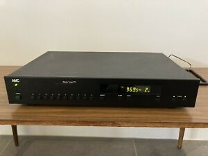 AMC T7 Tuner AM/FM, digital, program keys, plus factory remote, great condition!
