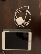 Apple iPad mini 4 32GB, Wi-Fi, 7.9in - Silver (CA)