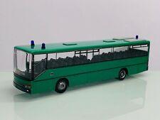 Rietze BGS Bundesgrenzschutz Bundespolizei Setra S 315 UL Reisebus grün 8276