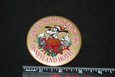 Vintage Disney Pin / Button Disneyland Hotel Goofy's Holiday Feast 1992