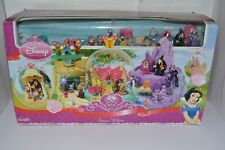 RARE FAMOSA DISNEY PRINCESS SNOW WHITE GLOBE PLAYSET LARGE 40+ ACCESSORIES 2008