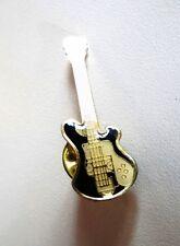 Pin Guitarra negro & oro