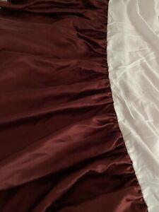 ROYAL VELVET tailored bedskirt  BURGANDY Queen JCP