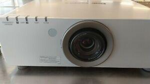 Panasonic PT-DW6300 Konferenz-Beamer Profi-Projektor mit neuen Lampen