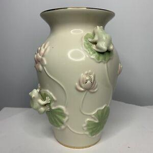 """Lenox Floral Frog Vase 9"""" Tall 24 Karat Gold 2003 Whimsical"""