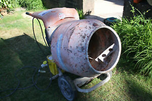 Concrete Mixer, Belle Minimix 150, 110v (with transformer)