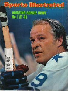 1974 Sports Illustrated magazine hockey Gordie Howe Houston Aeros Bradley Braves