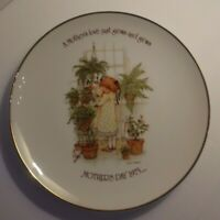 Vintage Holly Hobbie Collectible Porcelain Plate Mother's Day 1975 Commemorative