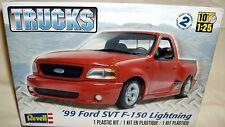revell 1/25 1999 FORD F-150 SVT LIGHTNING PICKUP TRUCK