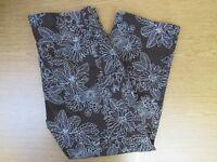 Jones New York Sport Women's Brown Floral Capri Cropped Pants Size 10 Stretch