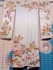 Vintage Off White Japanese Kimono w Gold Thread Embroidery