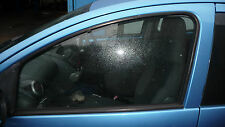 peugeot 107 citroen c1 passengers n/s/f 4 door glass 2011
