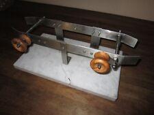 Porta prosciutto acciaio, base in marmo di Carrara e pomelli in legno di ulivo