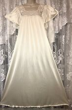Vtg 1X 2X Ivory Silky Soft Nylon Nightgown Gown Inset Lace Flutter Sleeves USA