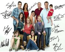 MODERN FAMILY CAST REPRINT AUTOGRAPHED SIGNED 8X10 PICTURE PHOTO COLLECTIBLE RP