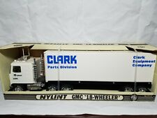 Bobcat Clark 18-Wheeler Semi Trailer - Nylint #911-Z - Rare 1:32 Scale Model NIB
