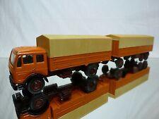 NZG MODELLE 146 MERCEDES BENZ TRUCK + TRAILER - ORANGE 1:50 - GOOD