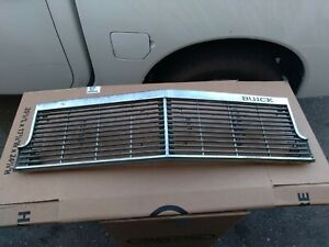 1977 buick electra limited 2dr front grill