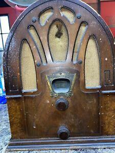 ANTIQUE CROSLEY WOOD TUBE TABLE TOP AM RADIO MODEL 50 Repairs Only