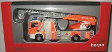 Herpa 093064 MAN TGS M Metz 32 XS Drehleiter Feuerwehr Göppingen 1:87 HO