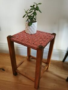 SMALL VINTAGE WOODEN WICKER RATTAN STYLE WOVEN STOOL FOOT STOOL