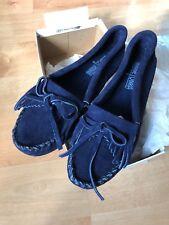 Minnetonka Moccasins Sz 6 405s Women's Kilty Hardsole Navy Blue Suede